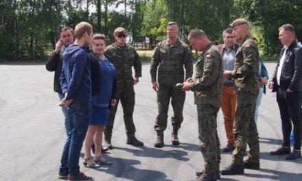 Mobilny punkt pobrań drive-thru w Ostrzeszowie
