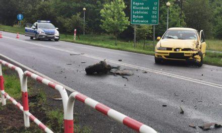 """Wypadek na krajowej """"jedenastce"""" w Ostrzeszowie"""
