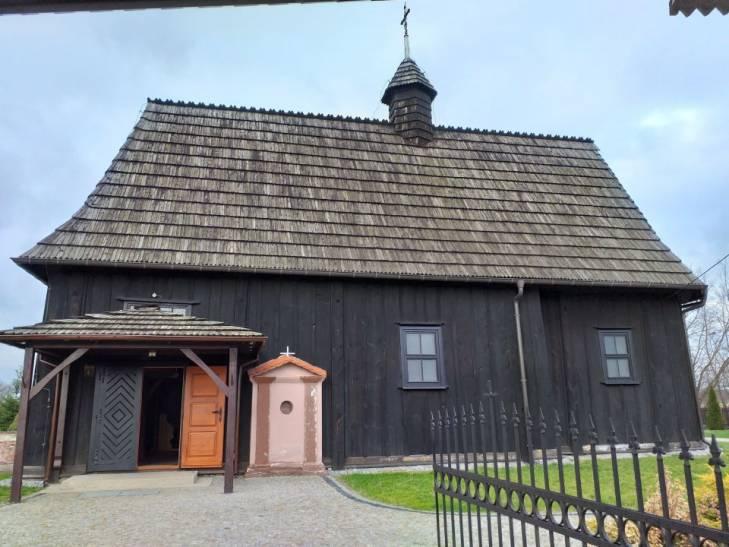 Dotacja na renowację ołtarza św. Barbary w Bobrownikach