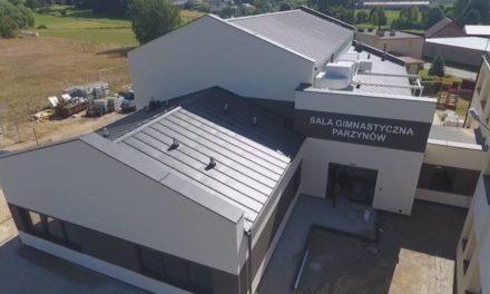 Parzynów: Budowa sali gimnastycznej już na finiszu FILM