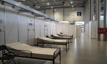 Łóżka dla 900 pacjentów. 51- tonowy zbiornik z tlenem
