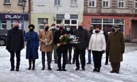 W rocznicę Krwawej Soboty oraz wyzwolenia Ostrzeszowa