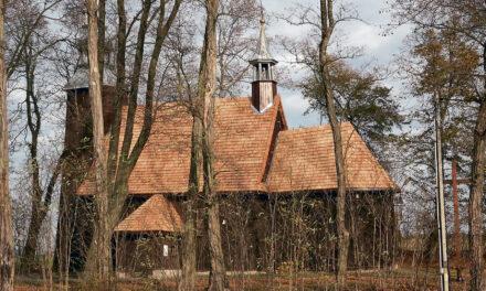 Parafia w Kobylej Górze otrzyma środki na renowację dzwonnicy