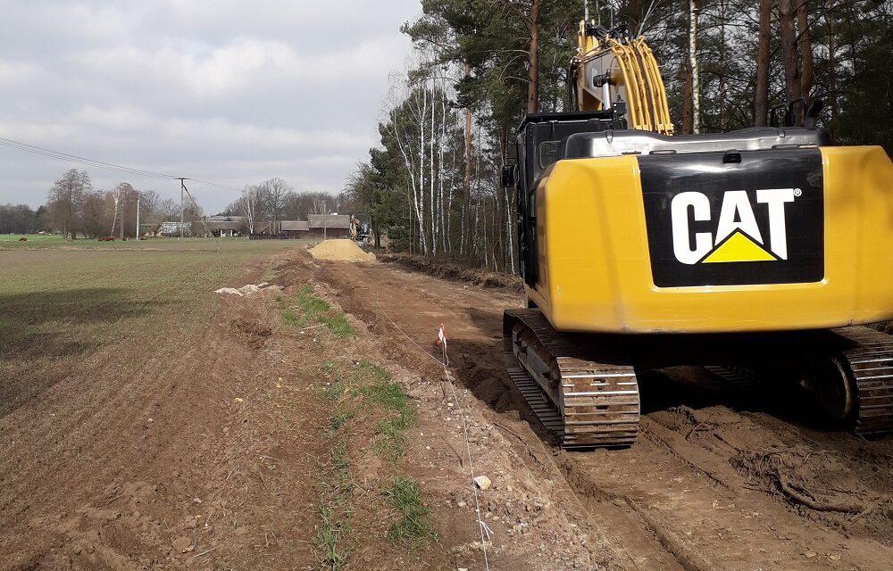 Trwa drugi etap przebudowy dróg gminnych w Kuźnicy Myślniewskiej