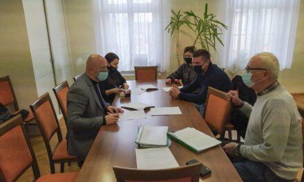 Umowa na budowę drogi podpisana