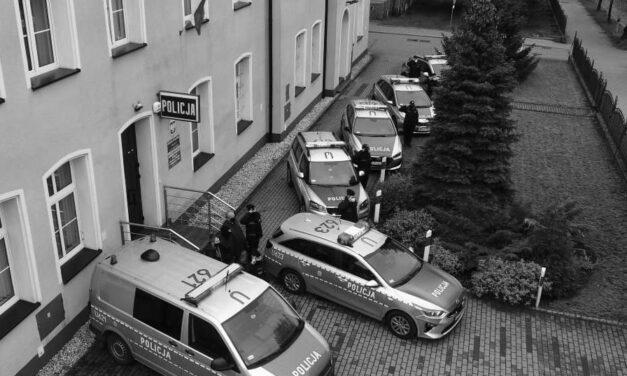 Oddali hołd zamordowanemu policjantowi