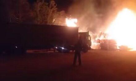 Potężny pożar w miejscowości Muchy [FILM]