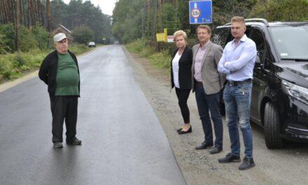 Zakończenie remontu drogi w Tokarzewie