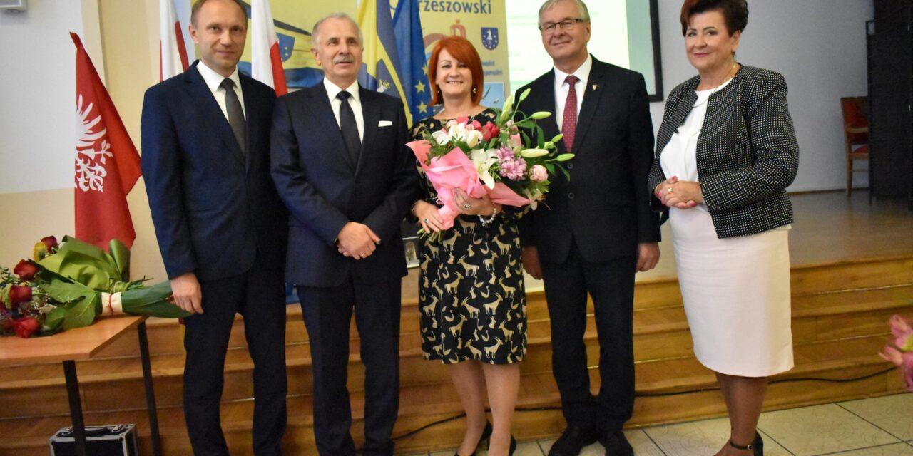 Pożegnania i powitania w starostwie powiatowym