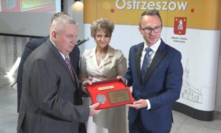 """Stanisław Wabnic """" Zasłużony dla Miasta i Gminy Ostrzeszów"""""""
